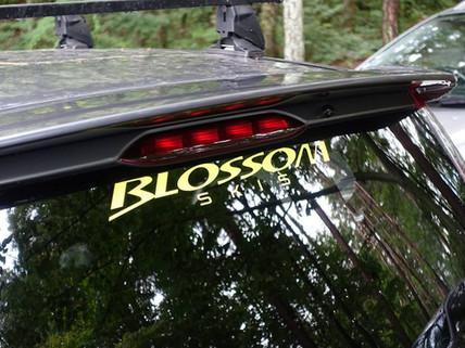 BLOSSOM オリジナルロゴシール数量限定で販売いたします!
