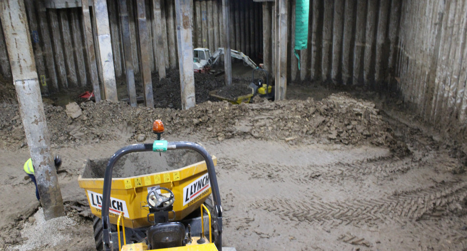 Excavation to basement level 1 ongoing on 9th October 2016