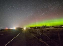 Breasclete village aurora 1-1