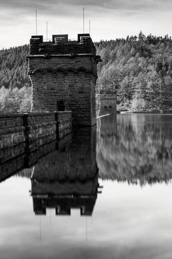 Derwent Dam 1