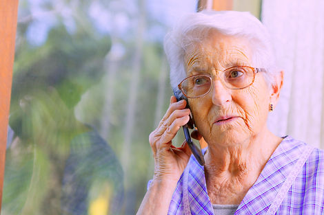 Old lady on the phone_treated_edited.jpg