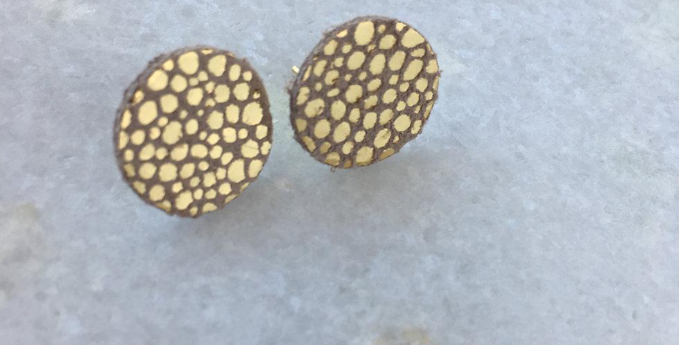 Gold Pebble Stud