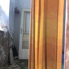 Isabell Kneidinger Fotografien des Inventars eines leerstehenden Hauses in Groß Schweinbarth