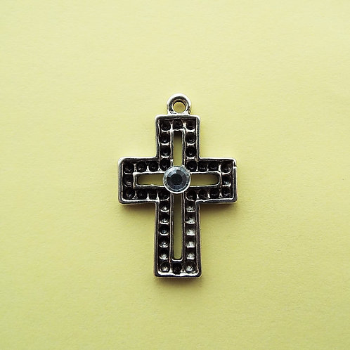 """Diamantѐ"" cross"