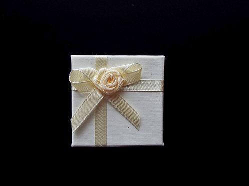 """""""...Cream Rose Gift Box!"""
