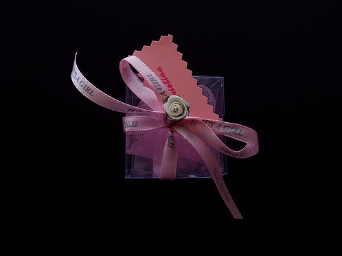 """...It's a girl!"" ©  handmade gift box!"
