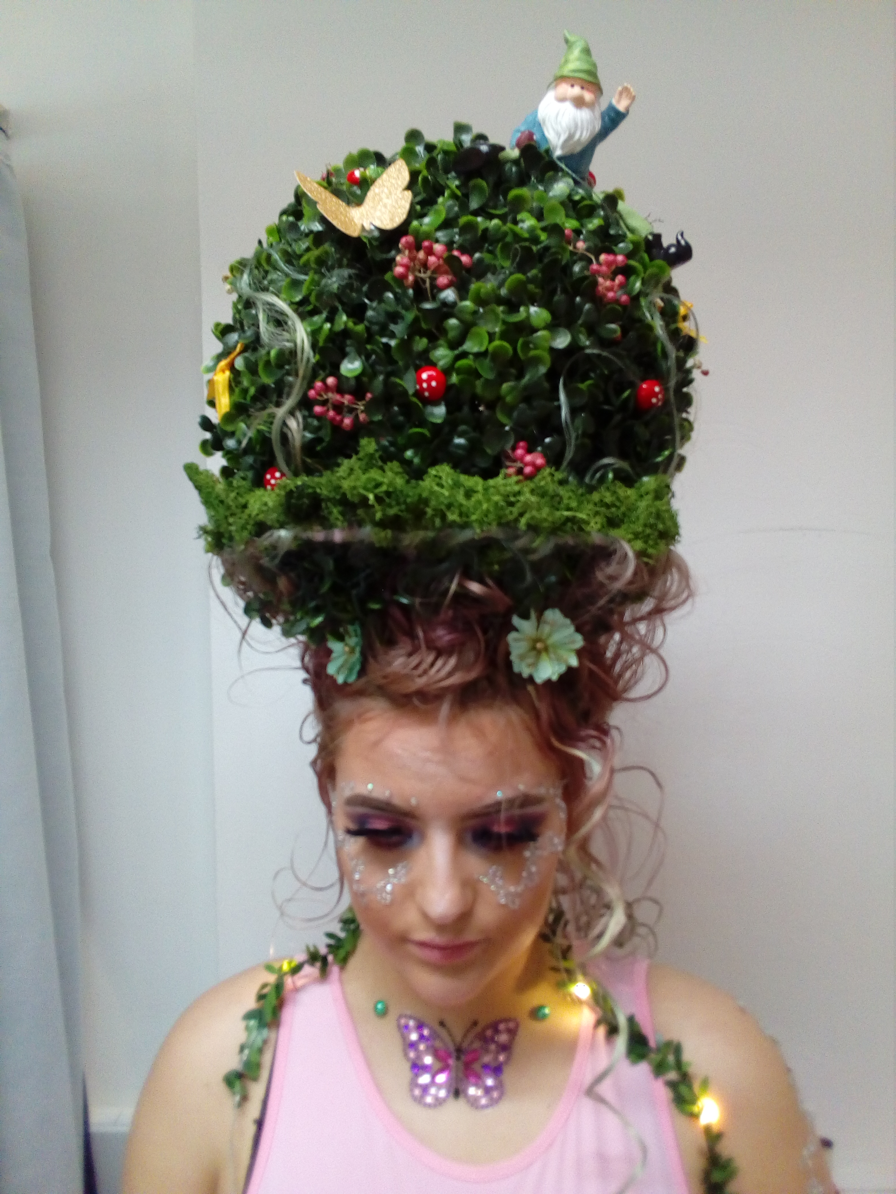 Creative Hairdressing - Out of this worl