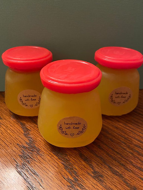 Мыло ручной работы «Банка мёда. В составе мёд натуральный, масло оливковое.