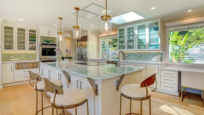 Sunrise Kitchen.jpg