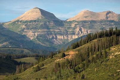 gros-ventre-range-scenic-mountain-landsc