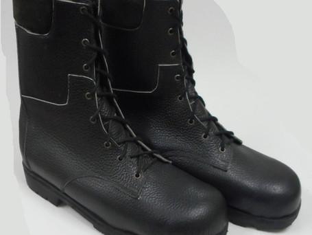 Size 20 steel cap high cut boot