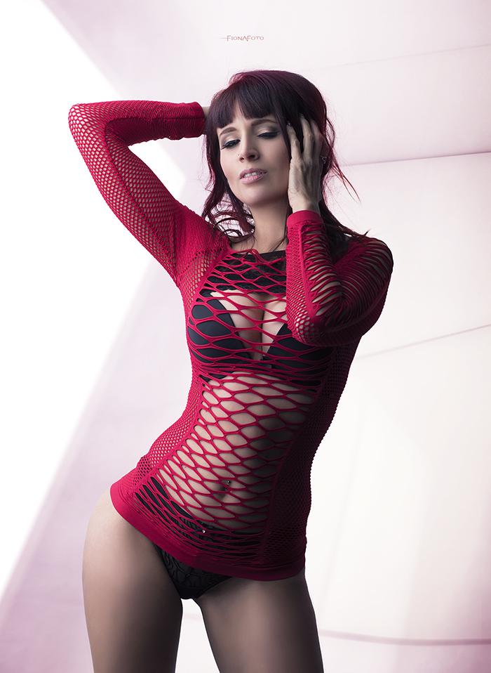 scarlet8x (1).jpg
