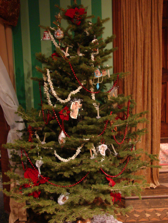 Christmas Tree Detail