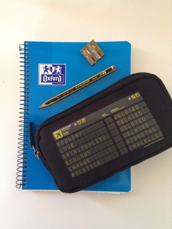 Cuaderno y estuche