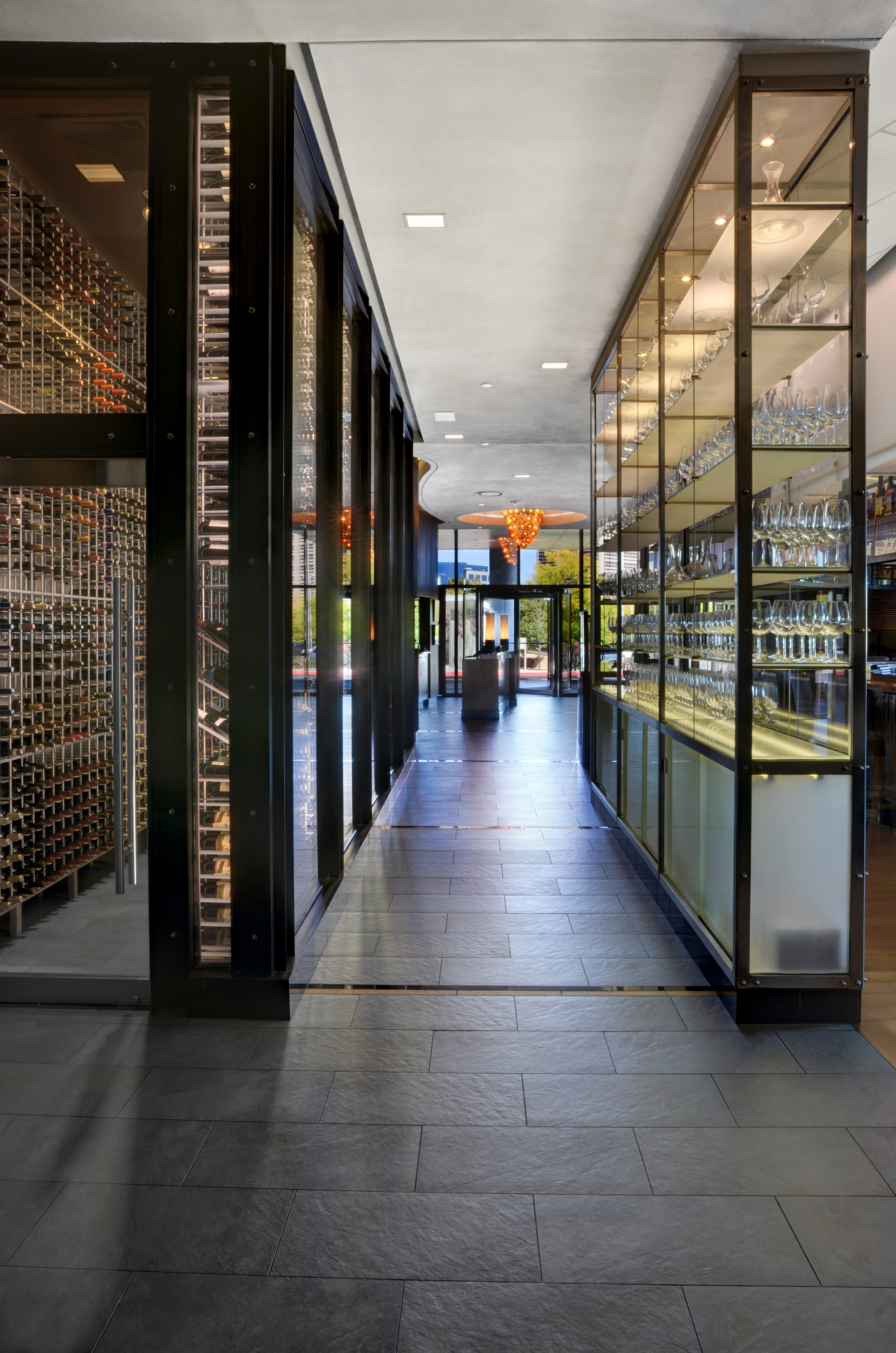 BV Restaurant Int 0161