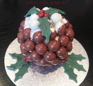Chocolate orange Christmas pudding