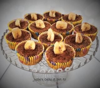 Banana & Peanut Muffins - 2 syns