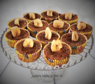 Banana & Peanut Muffins - 2 syns