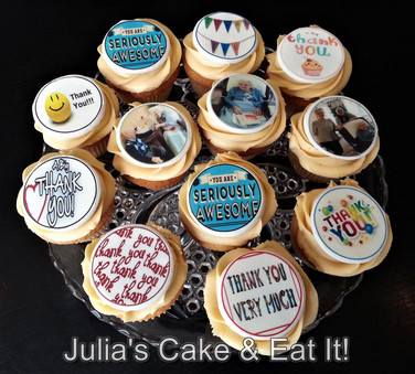 """Thank you"" cupcakes with edible prints"