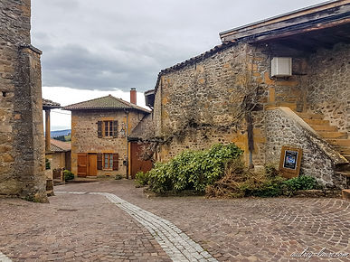 Frankrijk - Les Plus Beaux Villages de France - midden-Frankrijk - de mooiste oude dorpen