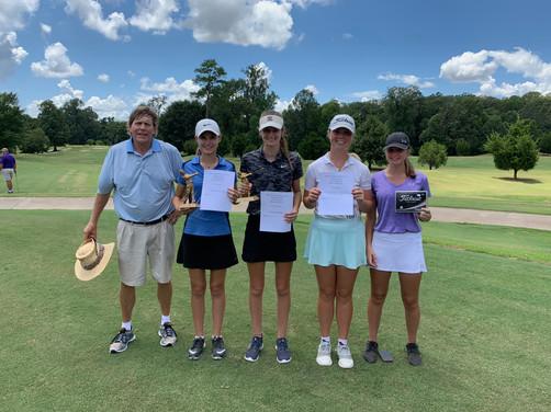 L to R: Girls A 16-18 | Gregory Brooking (Natchez Golf Club Pro), Kayla Starr (1st), Kylie O'Brien (2nd), Taylor Mullins (3rd) & Mattie Granberry (4th) — at Natchez Golf Club.