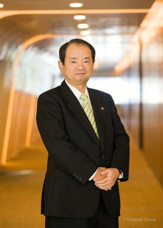 尾崎 元規 花王 代表取締役社長   2010