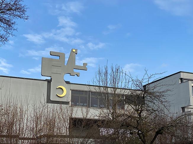 Unsere Schule.JPG