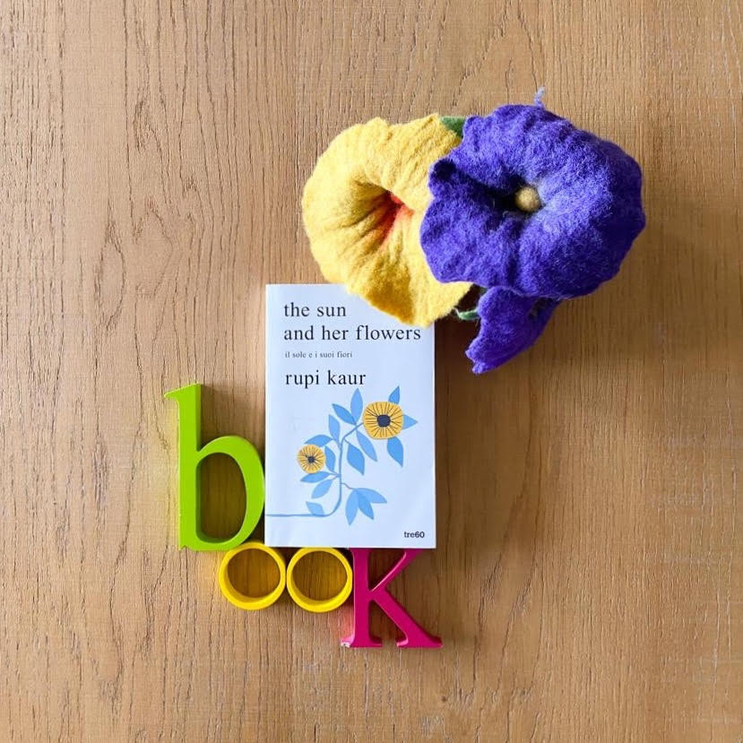 Un esempio di foto flat lay per book blogger