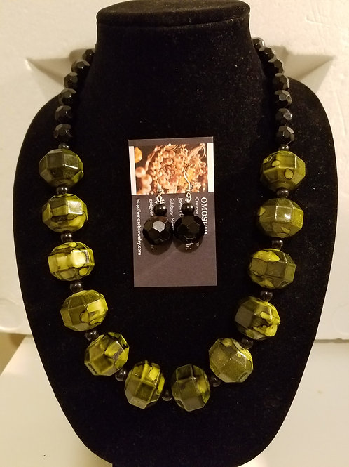Mame Necklace & Earring Set