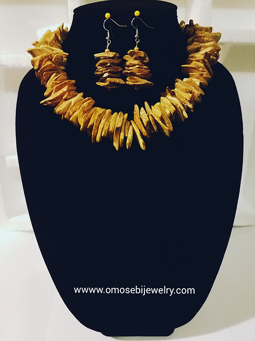 Wood Chip Necklace & Earrings Set