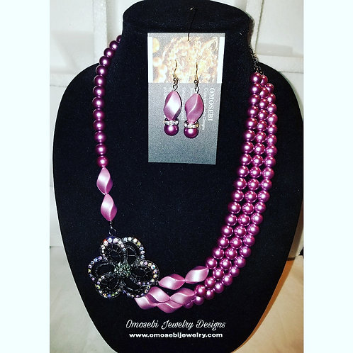 Brooch Tri-Layer Necklace & Earring Set