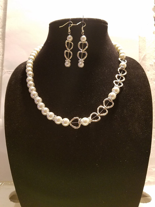 Pearl & Hearts Necklace & Earrings