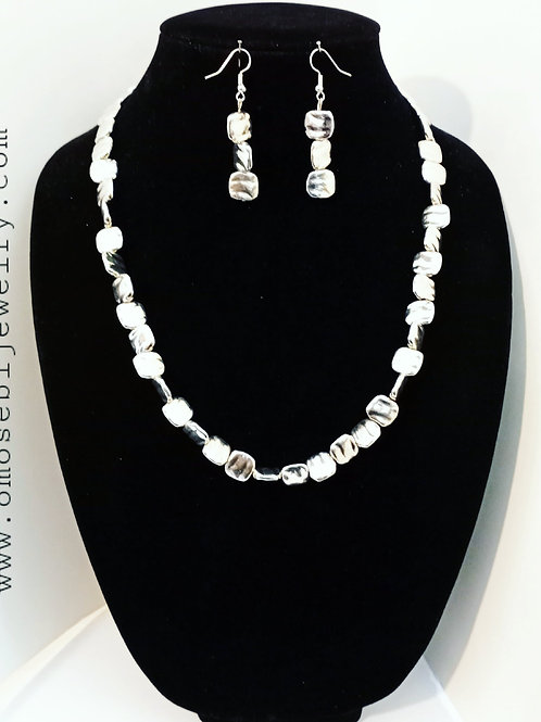 """""""Itsy"""" 2pc Necklace and Earring Set"""