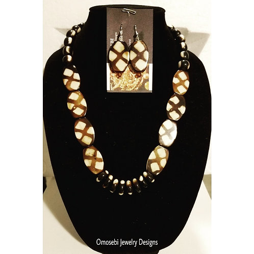 """Ngeri"" Ethnic Necklace & Earring Set"