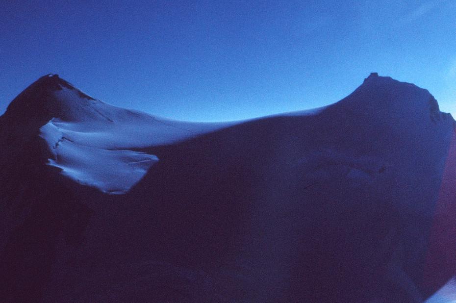 TWIN PEAKS - PUNTA GNIFETTI (4554m) + ZUMSTEINSPITZE (4563m)