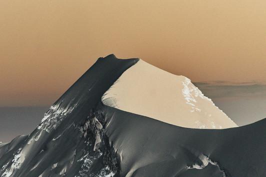 LYSKAMM EAST SUMMIT (4527m)) #1