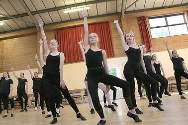 modern theatre dance carshalton