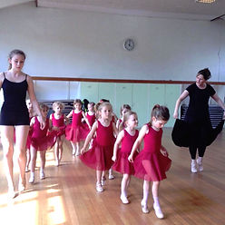 ballet classes in reigate
