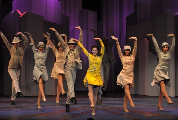 thoroughly-modern-millie-uk-tour-joanne-clifton