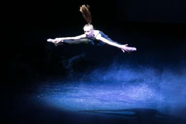 contemporary dance classes Reigate