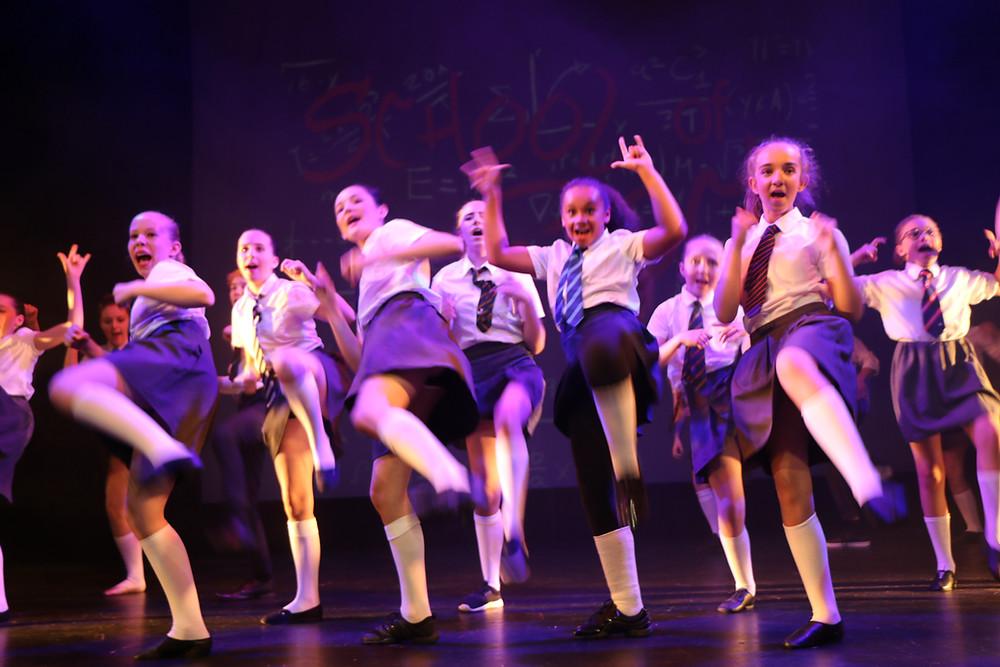 dancing classes reigate