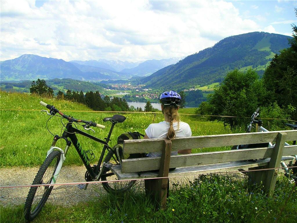 Biking-09