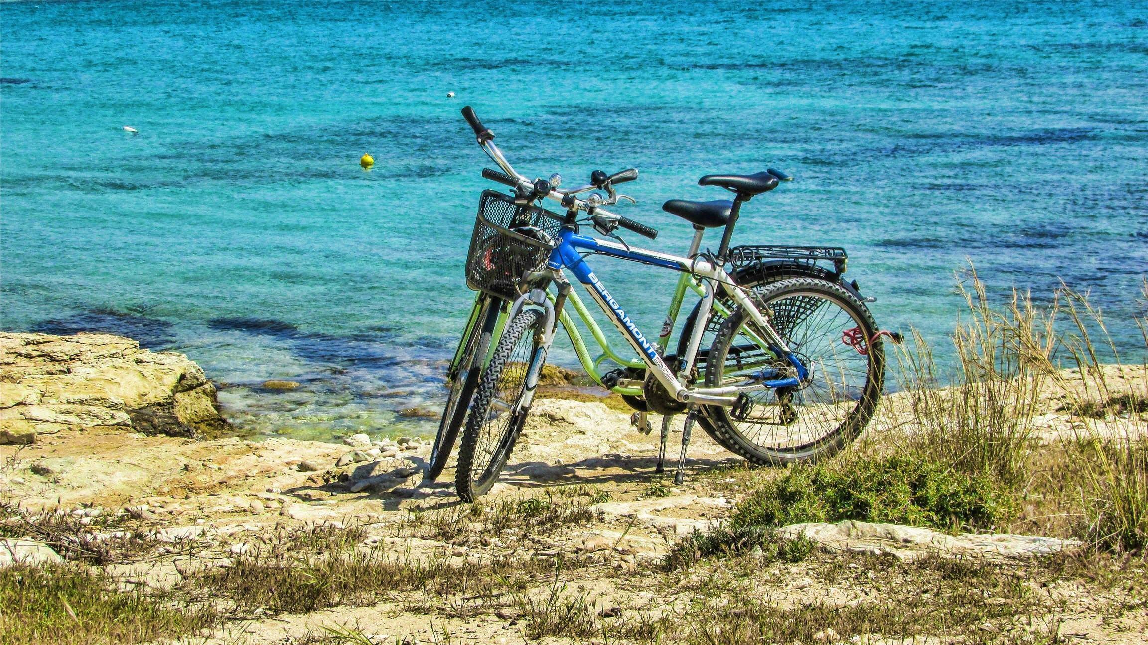 Biking-04