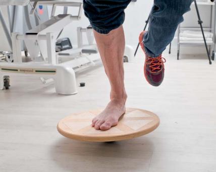 Exercicis per rehabilitar el turmell