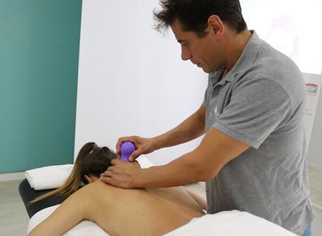 Masaje fisioterapéutico en zona lumbar