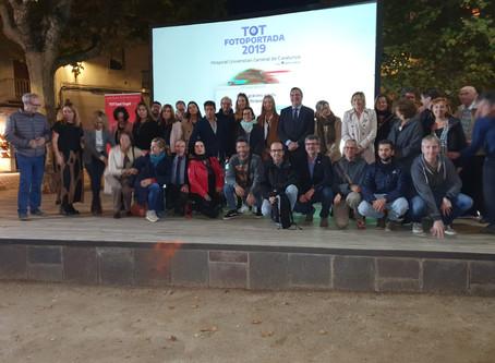 Mans de Sant lliura premis al concurs TOT Fotoportada