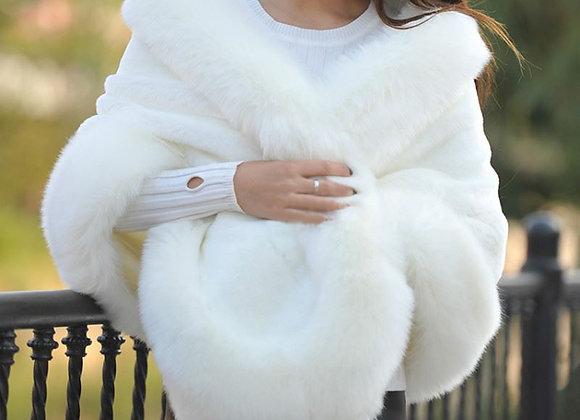 Elegant Woman Short Faux Fox Fur Cloak Cashmere Shawl Winter Scarves Wraps Mink