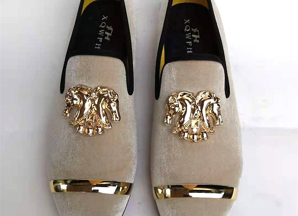 2021 XQWFH Fashion Men Party and Wedding Handmade Loafers  Velvet Shoes