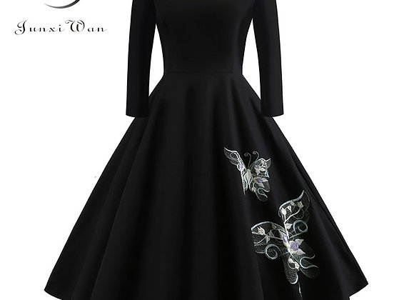 Elegant Black Embroidery Wrist Sleeve Women Dresses