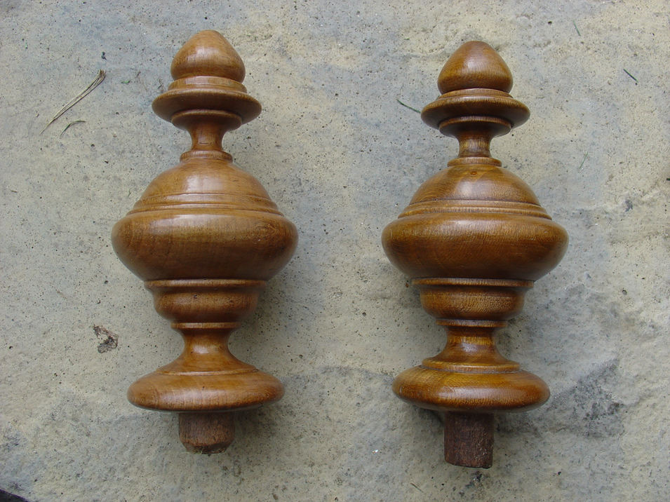 Turned and aging a bedfinial